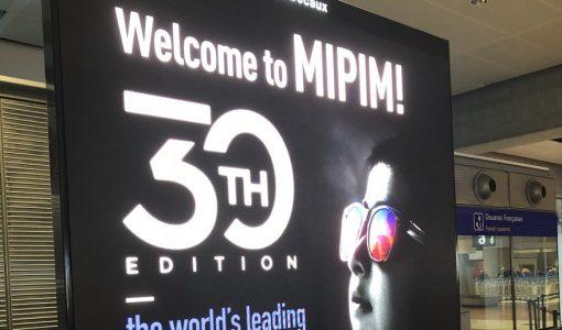 MIPIM board at Nice airport